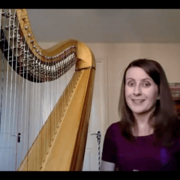 """Live no 10: Pedals etiquette and """"Minuet in G"""" by Bach"""