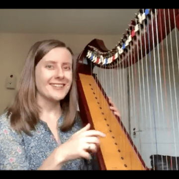 "Live no 15: Patterns in music and ""Sea Breeze"" by Fiona-Clifton Welker"
