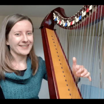 Live 21: How to play spread (or rolled) chords on the harp?