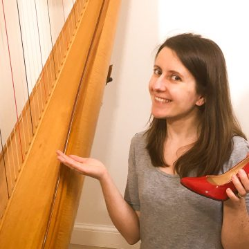 Do you need high heels to play the harp? – Coffee Break Harp 8